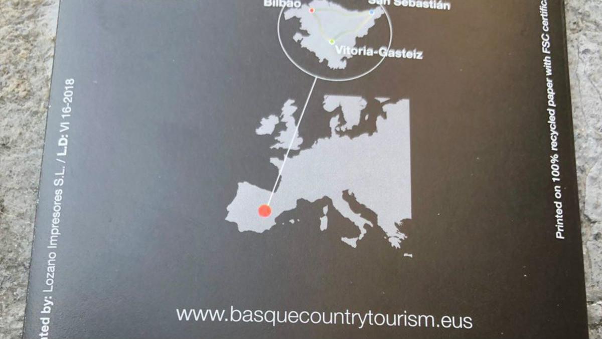 Imagen del folleto turístico que sitúa Euskadi en Castilla-La Mancha