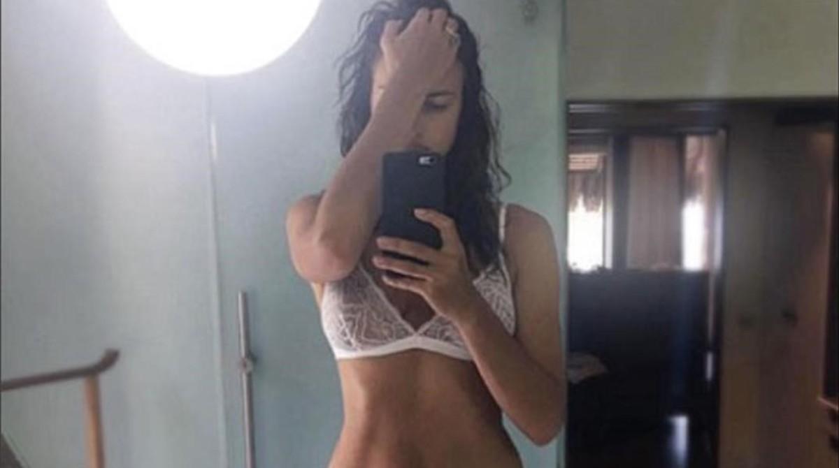 Irina Shayk posa en ropa interior en su cuenta de Instagram.