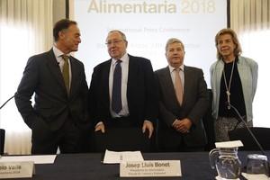 De izquierda a derecha, J. Antonio Valls, Josep Lluis Bonet, Fernando J. Butgaz y Maria Naranjo, en la presentación de Alimentaria 2018.