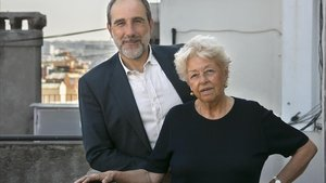 Juan Cerezo y Beatriz de Moura, fotografiados este miércoles en Barcelona