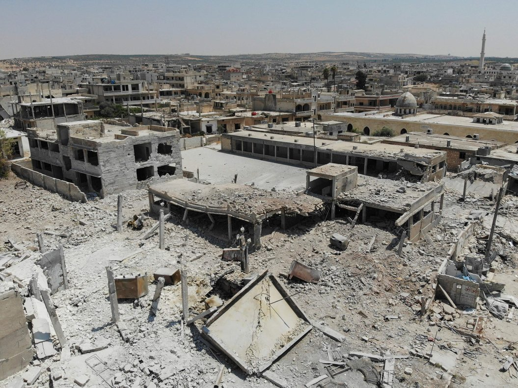 Bombardeos aéreos en barrios residenciales en Libia.