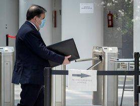 Villarejo va robar a Bárcenas factures del jet que el PP pagava a Olivas