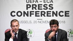 El presidente de la UEFA, Ceferin, y el de la ECA, Andrea Agnelli, en una reunión en Bruselas en 2018
