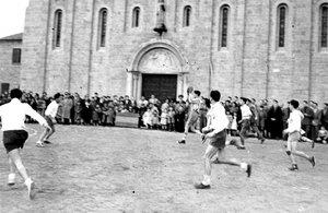 Primer partido del club disputado en el 1955.