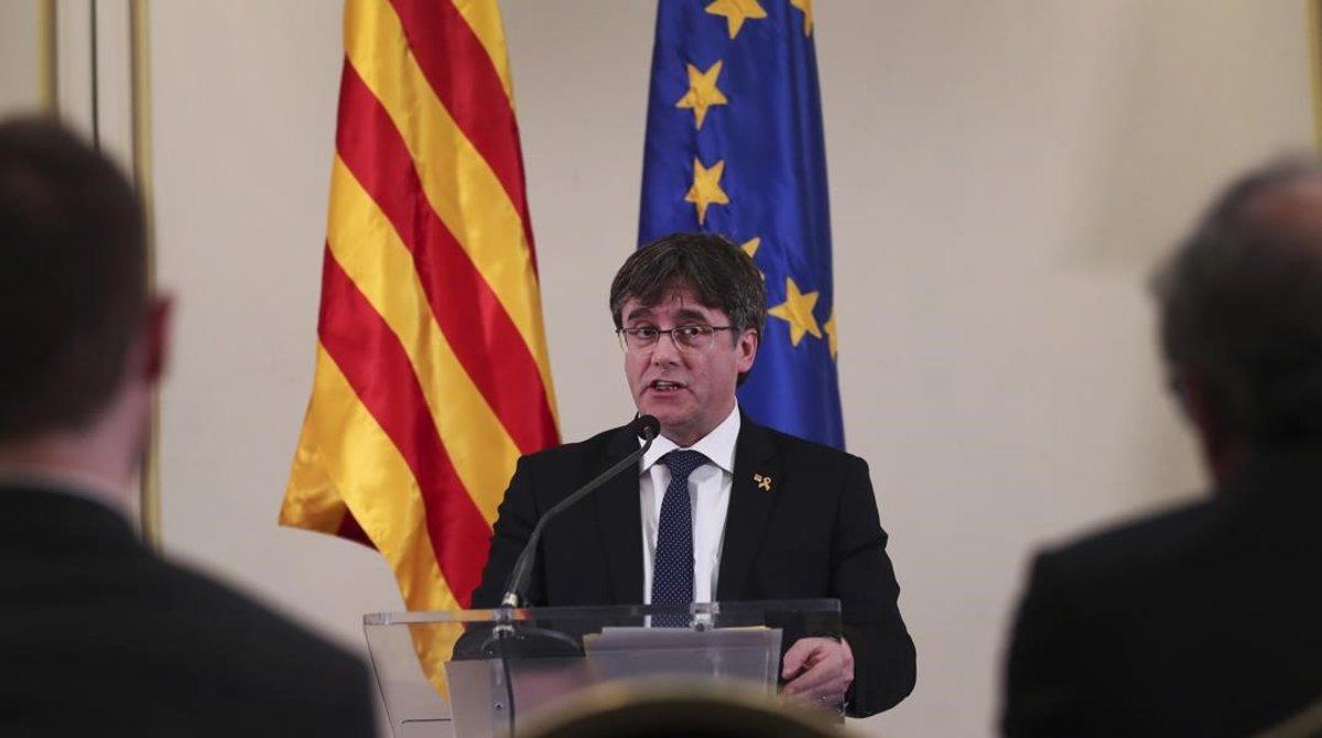 Puigdemont, el pasado 18 de febrero, en una conferencia en Bruselas.