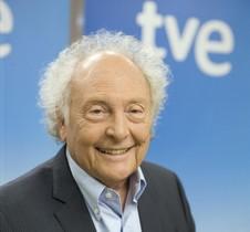 El divulgador científico Eduard Punset, en el plató de Redes.