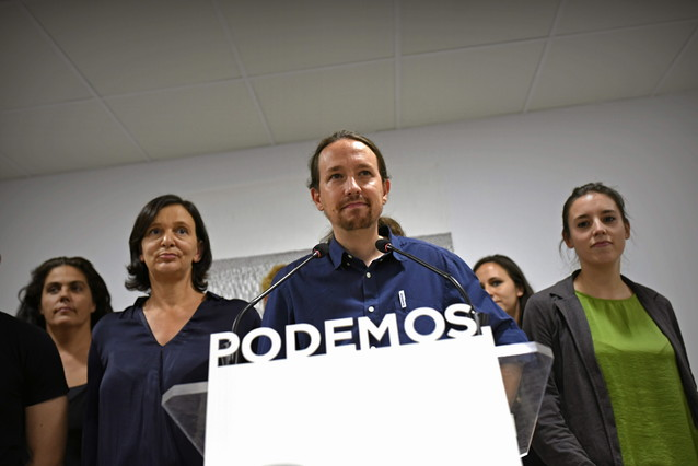 El Secretario General de Podemos, Pablo Iglesias, durante la rueda de prensa que ha ofrecido en la sede de la formación en Madrid, valorando los resultados en las elecciones catalanas.