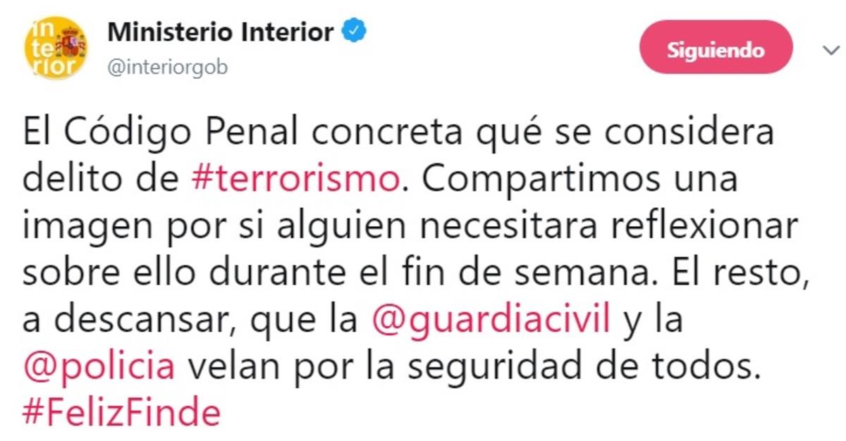 Un pol mico tuit de interior explica qu es delito de for De que se encarga el ministerio del interior