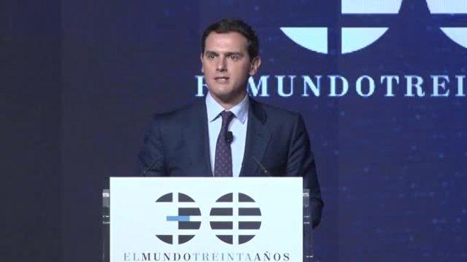 Rivera promet una nova assignatura que es dirà Constitució espanyola