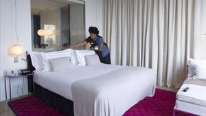 """Un segell de qualitat identificarà els hotels """"responsables"""" en matèria laboral"""