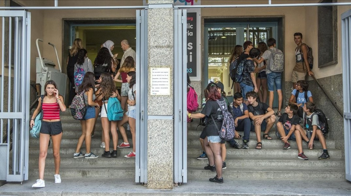 Inicio del curso escolar en un instituto de Barcelona.