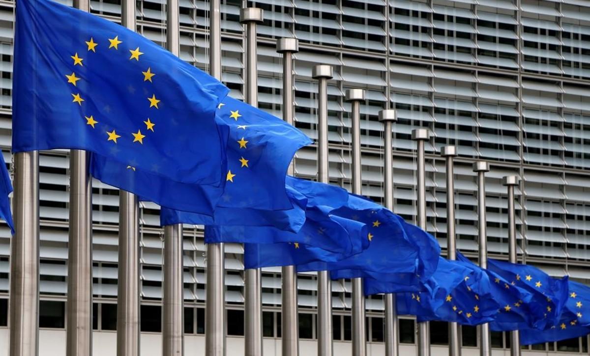 La Comissió Europea estudia la situació de Junqueras, però avisa que la sentència del TJUE s'ha de complir