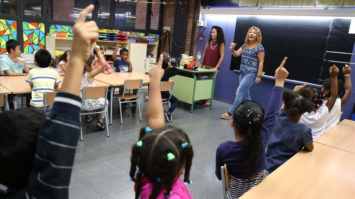 Alumnos de primaria de la escuela pública Wagner, en Santa Coloma de Gramenet, el pasado septiembre.