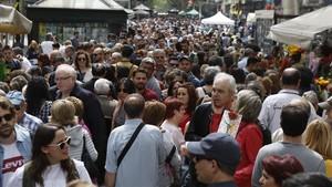 La població a Espanya continua creixent gràcies a la immigració