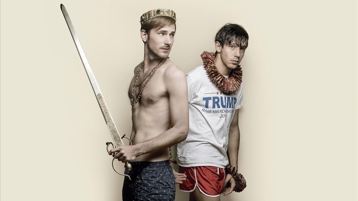 Nao Albert y Marcel Borràs, en una imagen promocional de Falsestuff, en cartel en la Sala Petita del TNC.