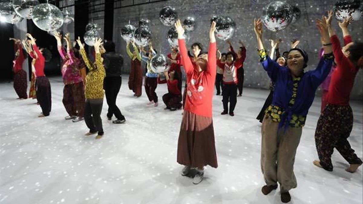 Un momentode Dancing Grandmothers, que el lunes se estrena en el Mercat.