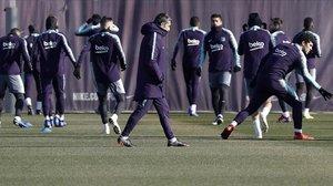 Ernesto Valverde dirige a sus hombres en el último entrenamiento antes del partido de Getafe.