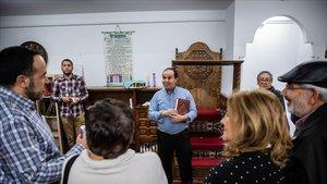La mesquita de Nou Barris venç el recel veïnal un any després