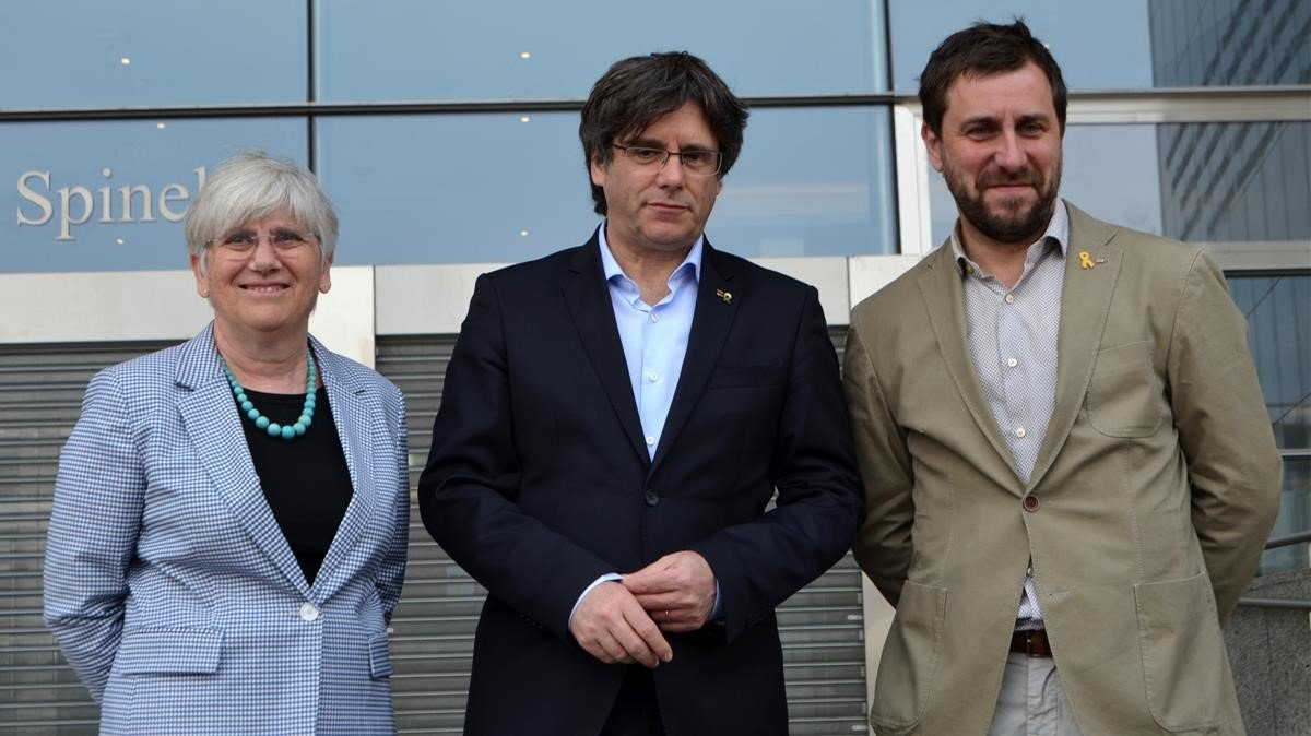 Puigdemont avança Junqueras en les europees a Barcelona