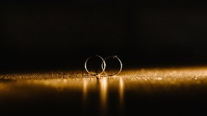 El estado de alarma obliga a numerosas parejas a suspender los planes de boda.