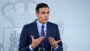 Sánchez aplaudeix front Podem la sortida de Joan Carles I: «És adequada»