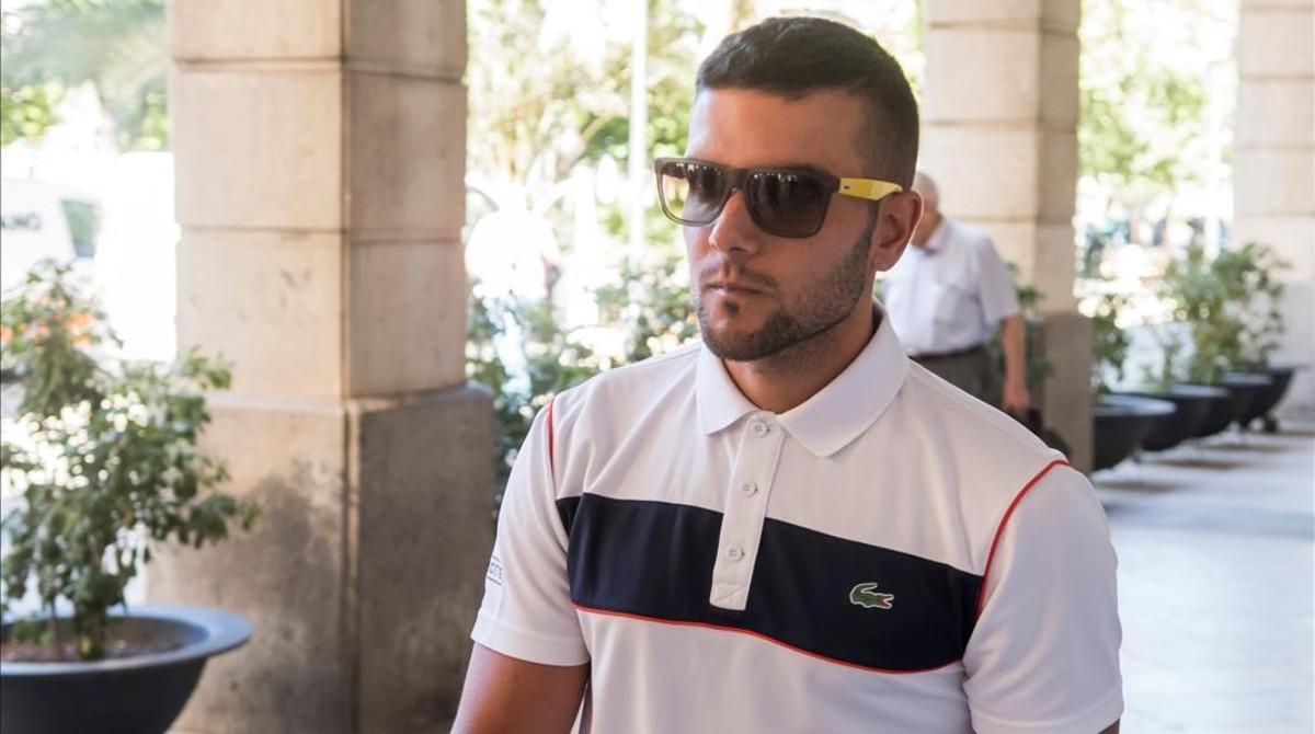 Ángel Bozaa su llegada al juzgado de Sevilla el pasado 18 de julio.