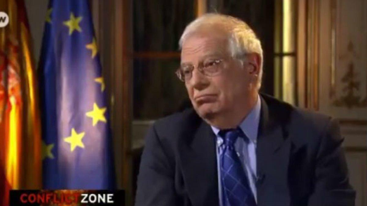 Borrell, durante un momento de la entrevista en el programa 'Conflict Zone' de la cadena DW News.