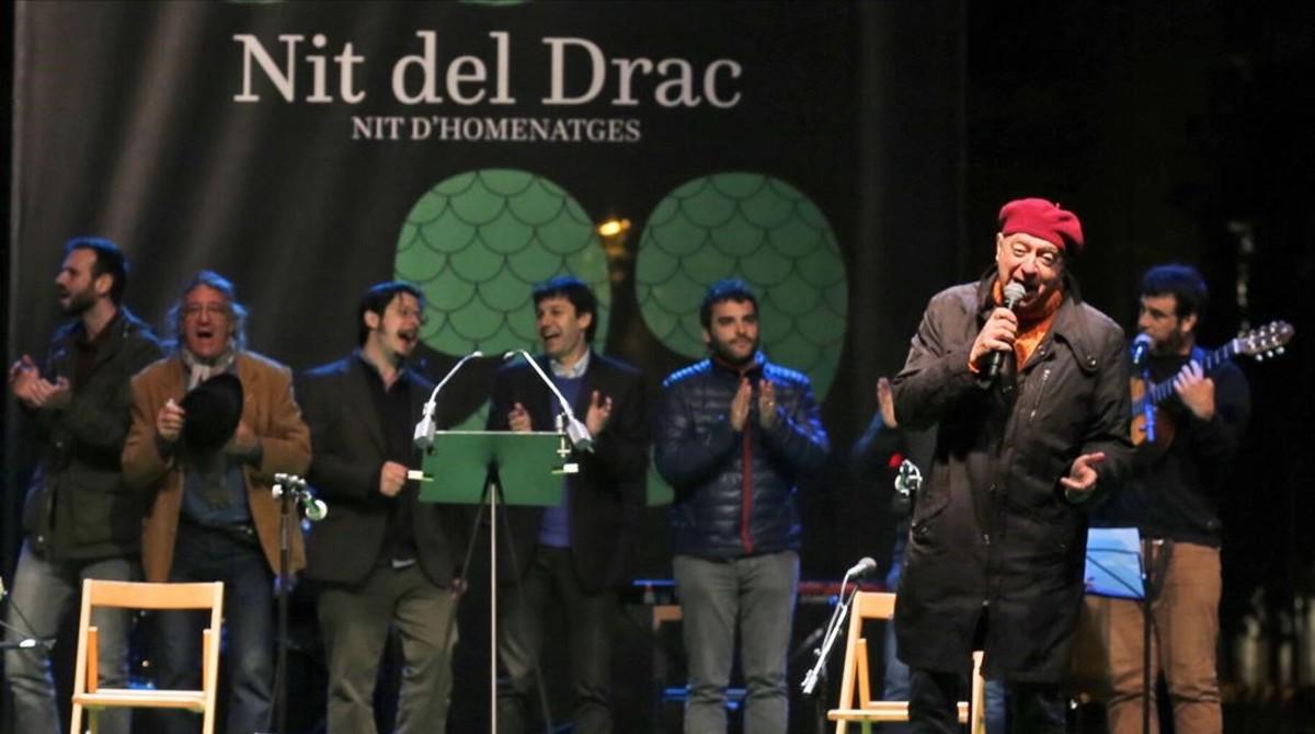 El cantante Sisa cerró La Nit del Drac.
