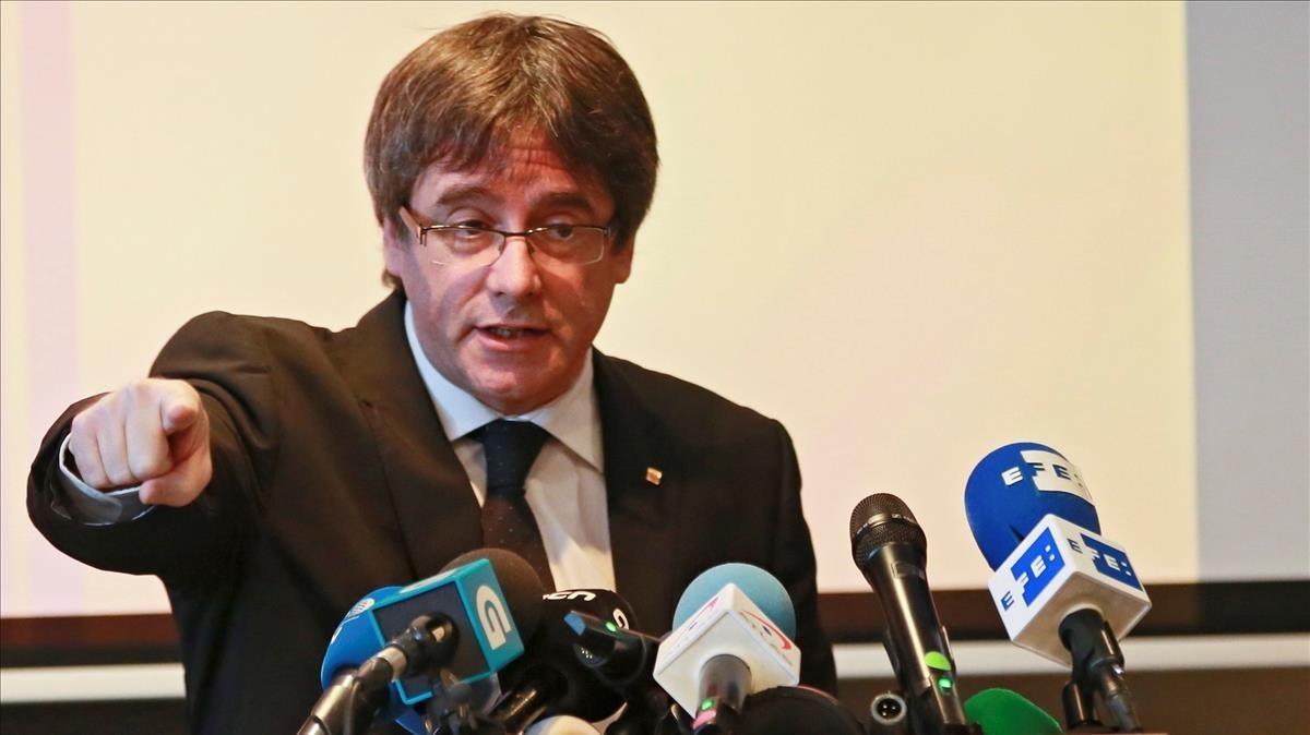 Carles Puigdemont, en una rueda de prensa en Bélgica, el pasado mes de noviembre.