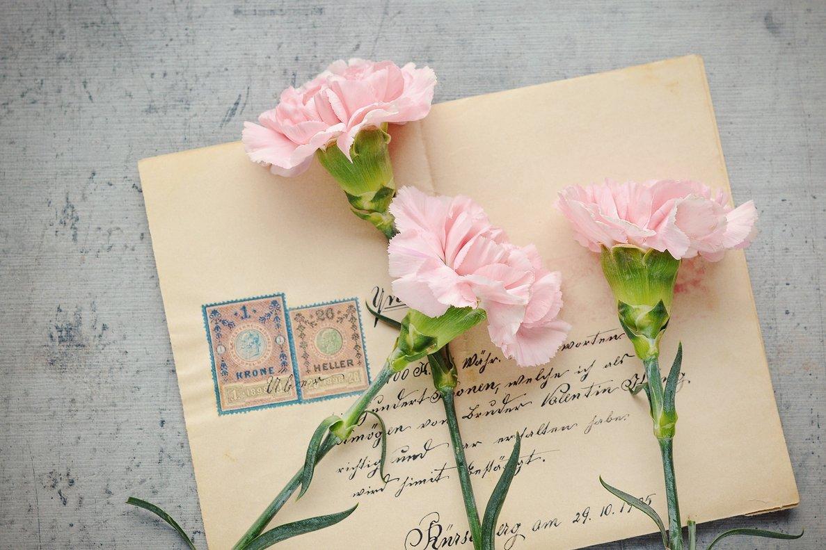 Anciana recibe carta de su primer amor 77 años después — Estaríamos casados