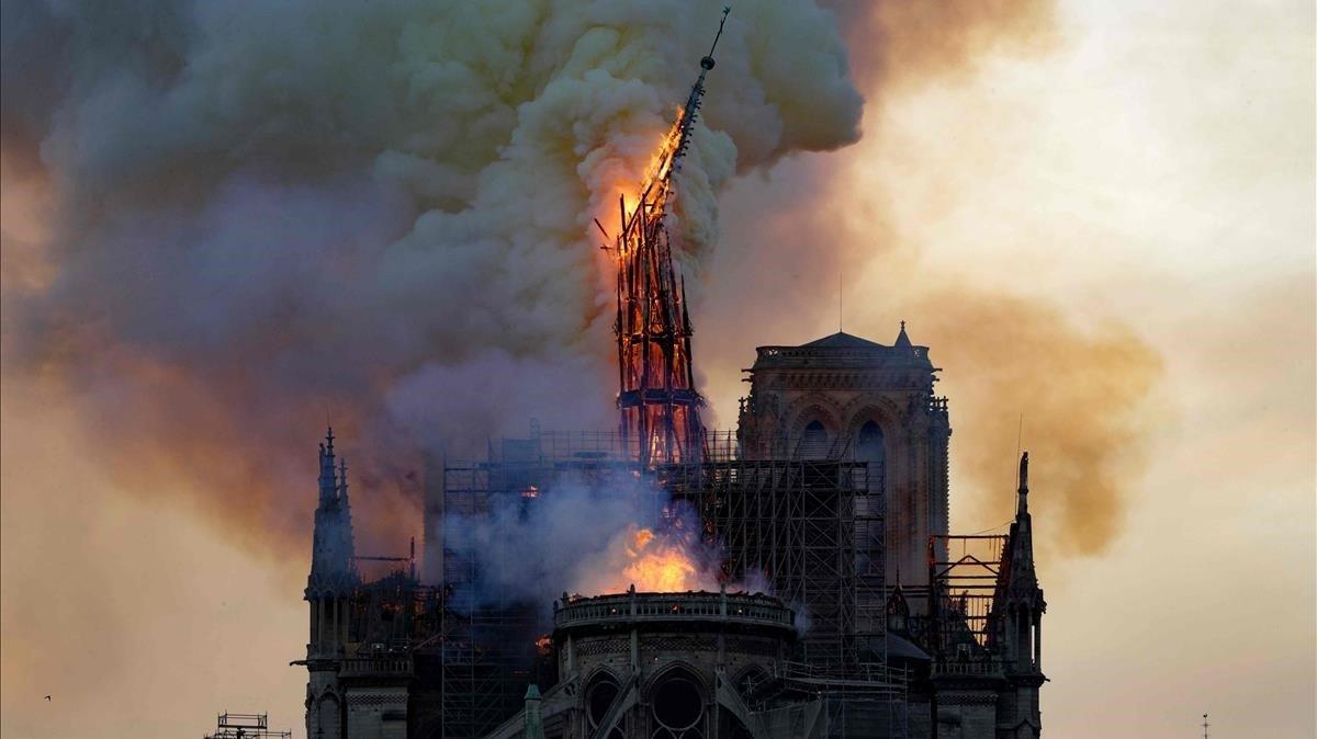 Macron confirma el objetivo de reconstruir Notre Dame en cinco años