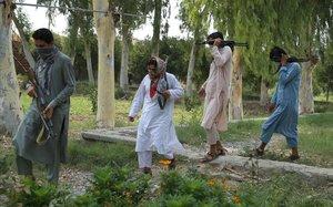 Ceremonia de reconciliación en Jalalabab.