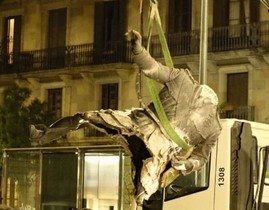 #Samataopaco, la catarsi tuitera amb el Franco decapitat del Born