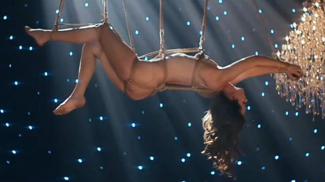Dakota Johnson, en el videoclip Earned it de The Weeknd para 50 sombras de Grey