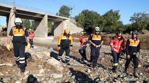 Dispositivo de búsqueda de los desaparecidos por las inundaciones en el Francolí.