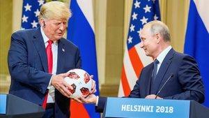 Donald Trump y Vladimir Putin, en la cumbre del pasado julio, en Helsinki.