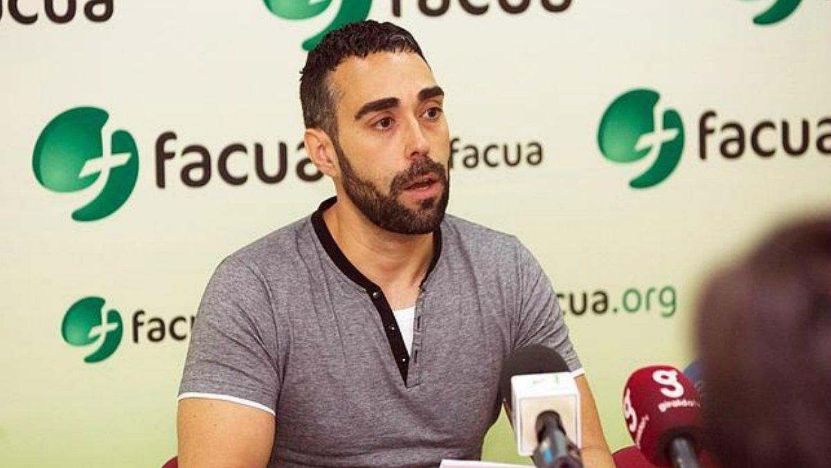 Ruben Sánchez, portavoz de Facua en una rueda de prensa