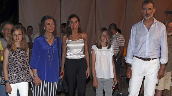 La Familia Real asiste al concierto de Ara Malikian en Mallorca.