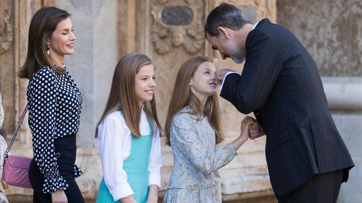 La Família Reial assisteix a missa de resurrecció a Palma