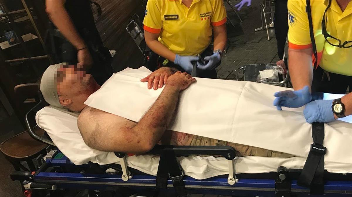 Ferit greu un turista després de ser agredit per uns manters a Barcelona