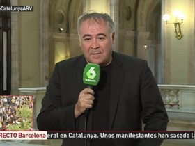 Una jutge investiga un xat de policies de Madrid per insults i amenaces contra Pastor i García Ferreras