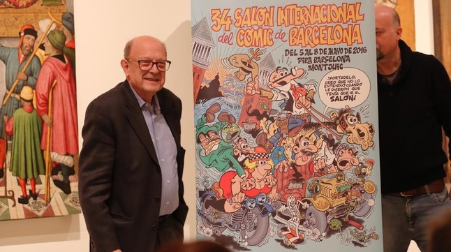 Francisco Ibáñez, con su cartel para el Salón del Cómic, este jueves en el MNAC.