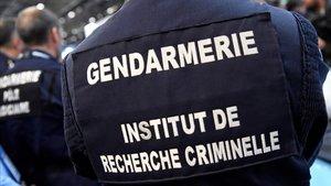 Gendarmes de la policía francesa.