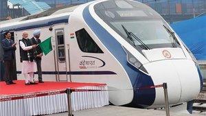 L'Índia estrena el seu tren d'alta velocitat i s'avaria en el primer viatge