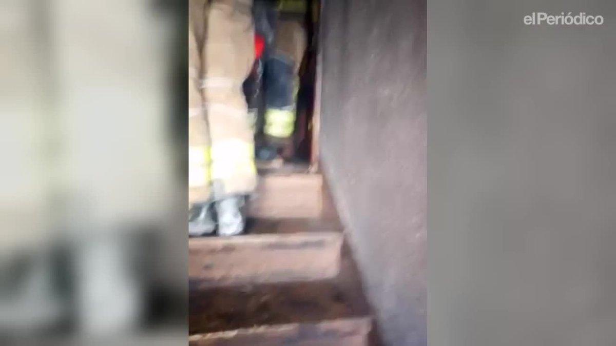 El incendio se ha producido en la avenida Marquès de Montroig 244, en un edificio de 10 plantas.