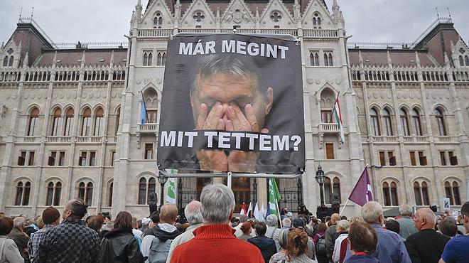Orbán fracasa al no lograr la participación suficiente en el referéndum contra los refugiados en Hungría