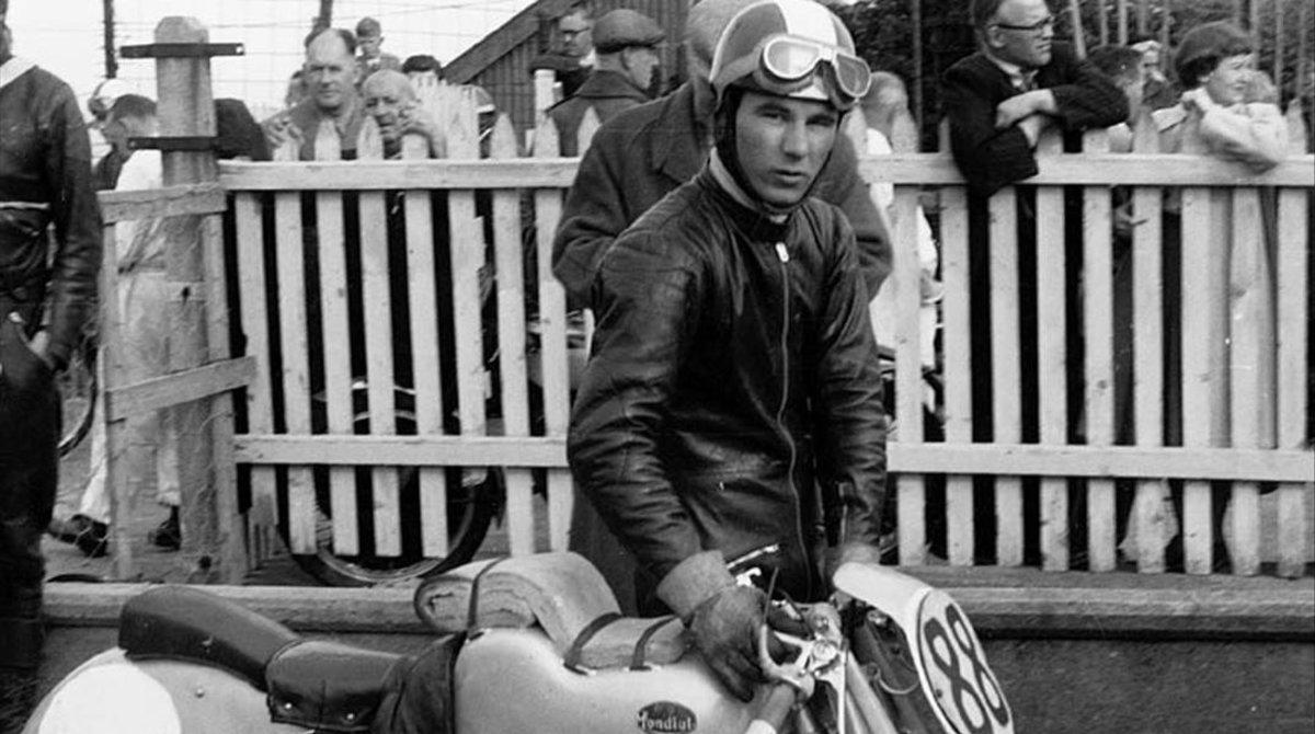 El italiano Carlo Ubbiali, en 1951, cuando conquistó su primer título mundial.