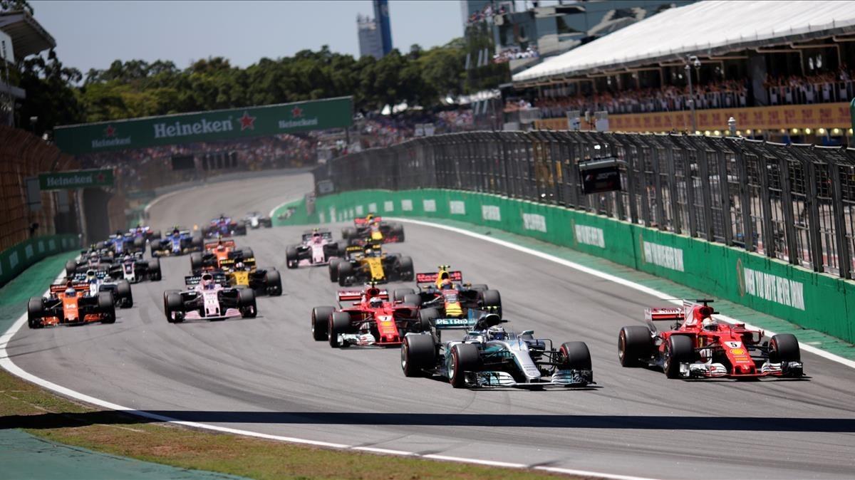 Bottas regala el subcampionat a Vettel