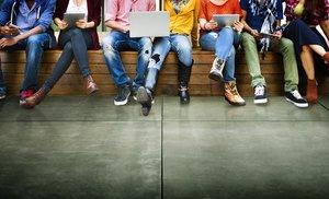 El Banc d'Espanya assenyala els joves com els perdedors de la recuperació