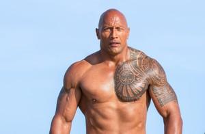 Dwayne Johnson, en 'Baywatch', versión cinematográfica de la serie 'Los vigilantes de la playa'.